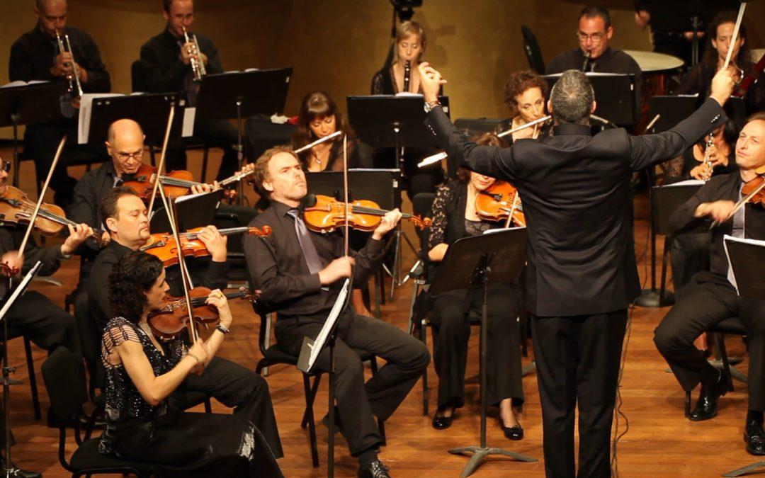 Melani Mestre dirigeix la Israel Netanya Kibbutz Orchestra
